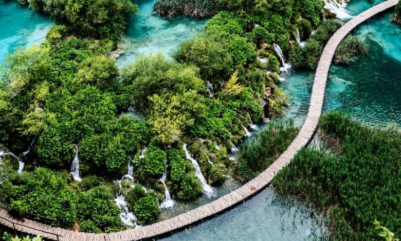How To Get From Zagreb To Plitvice Lakes By Bus Or Car Croatia Wise